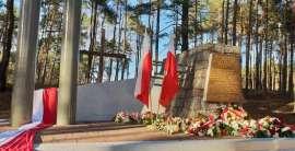 Pomnik 18